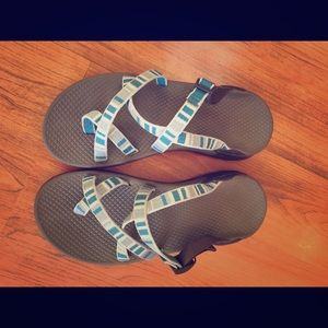 Chaco Zong Blue Size 6